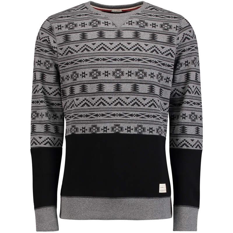 Мужской свитер на зиму
