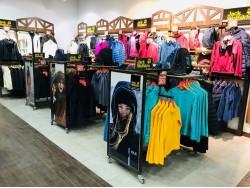 Магазин Weekender в ТРЦ «ПортCity» (Мариуполь) - фото 2